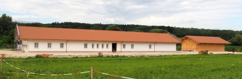 Im Juli 2017 wurde der Rohbau fertig gestellt.